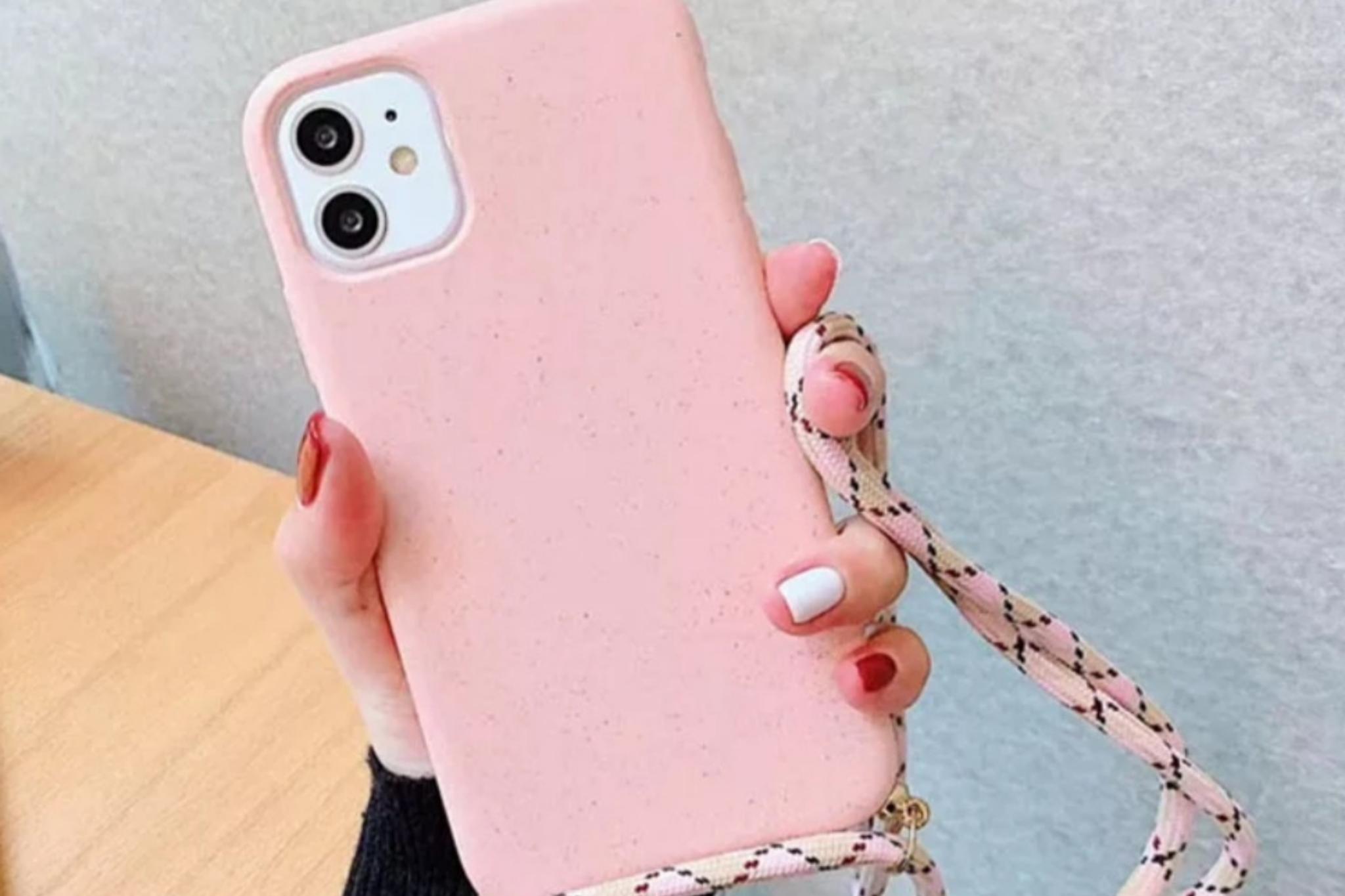 Smartphonehoesje iPhone 12 Pro Max | Zachtroze met koord