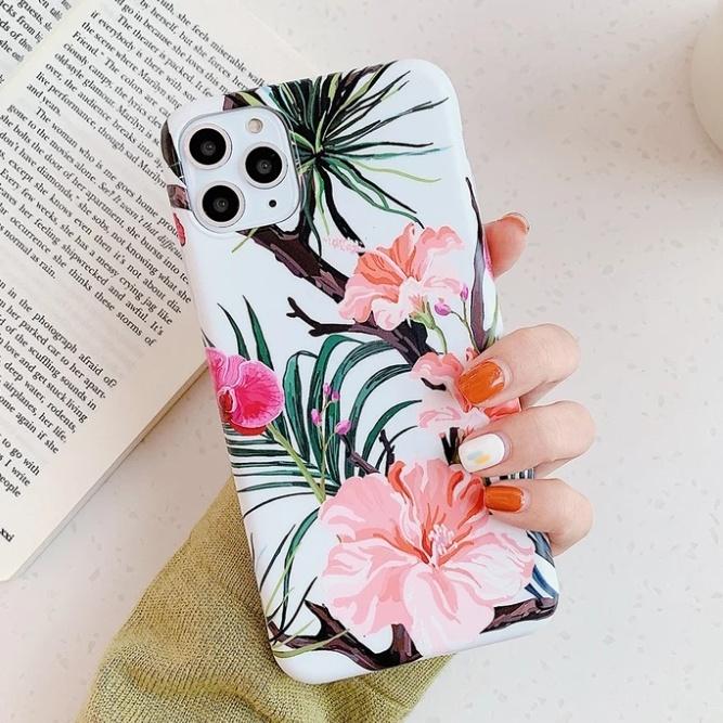 Smartphonehoesje iPhone 12 ( Pro)   Summervibes met bloemenprint wit met roze