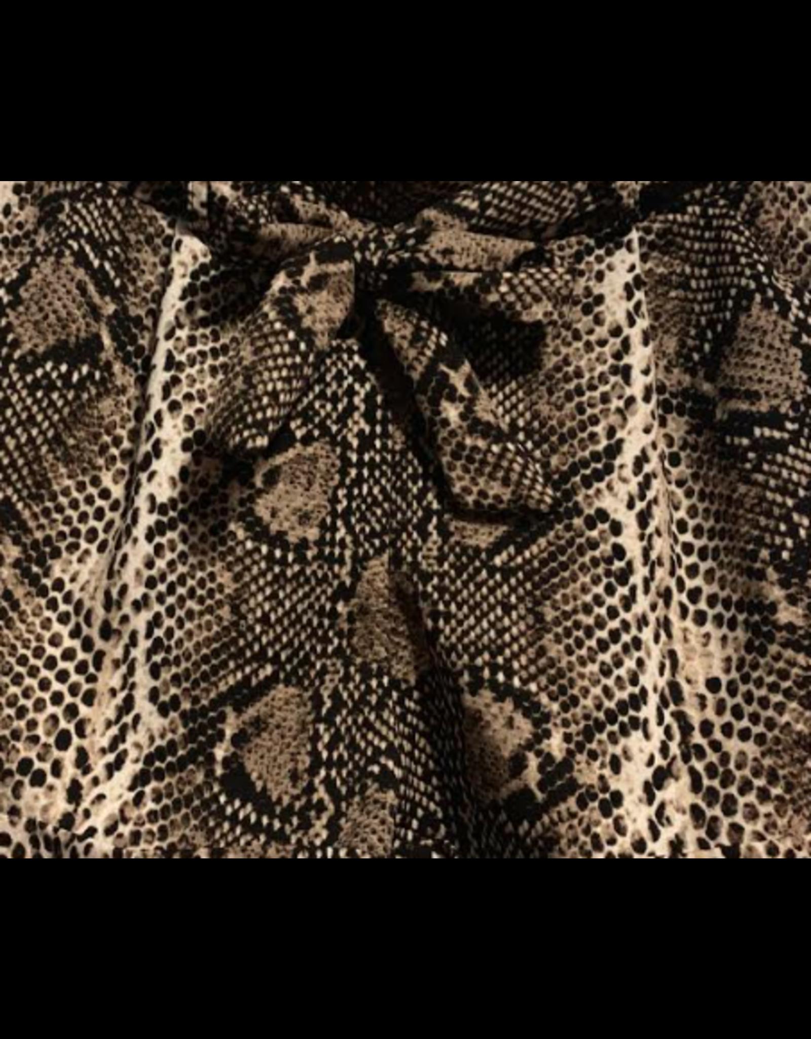 Snake short