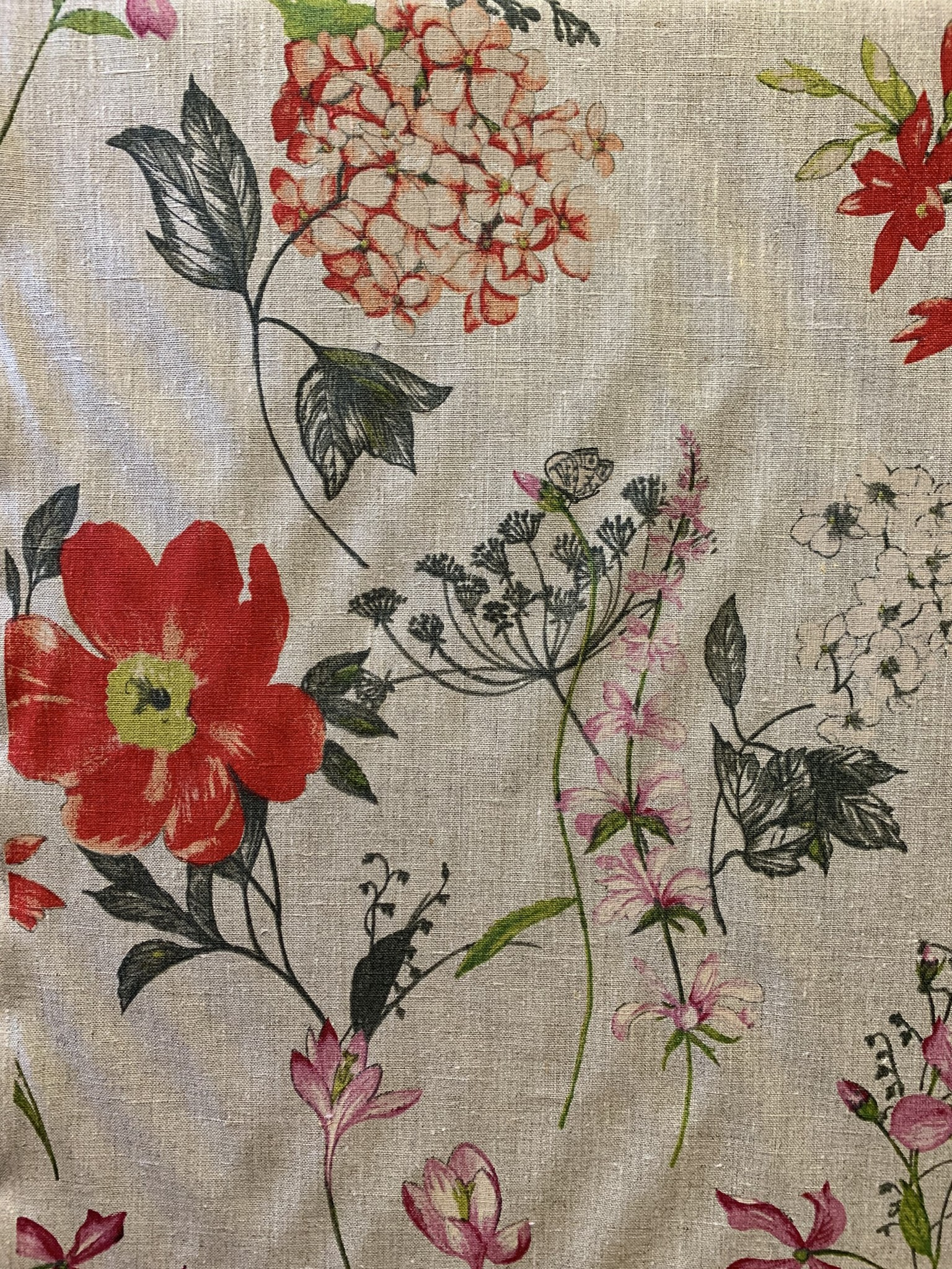 """Le grenier du lin Tissu """"Fleurs des champs rouge"""""""