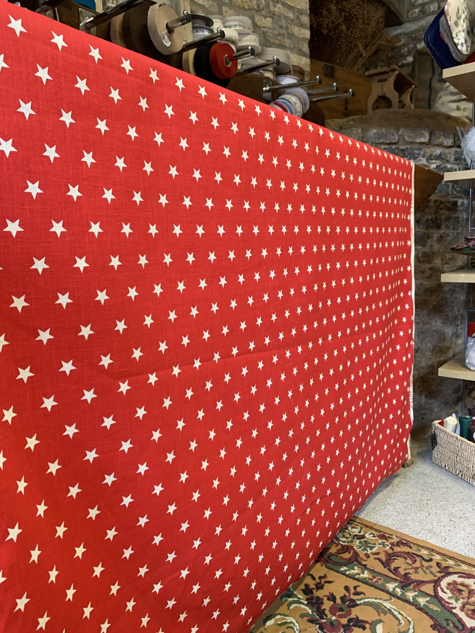 """Le grenier du lin Fabric """"red with stars"""""""
