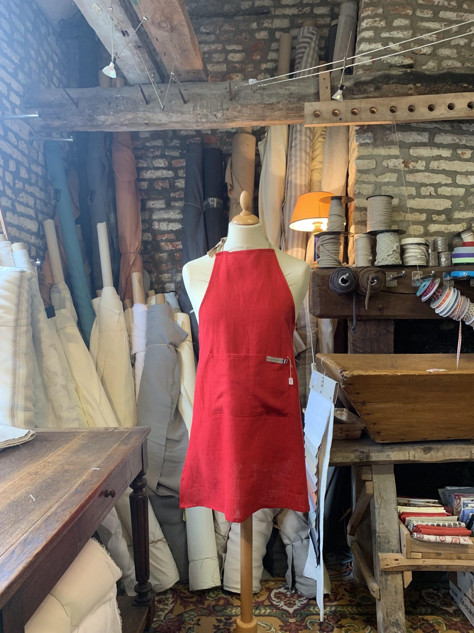 Le grenier du lin Tablier uni rouge