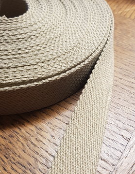 linen-coloured strap