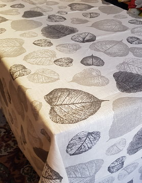 Le grenier du lin leafy tablecloth