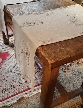 Le grenier du lin Tablecloth rabbit