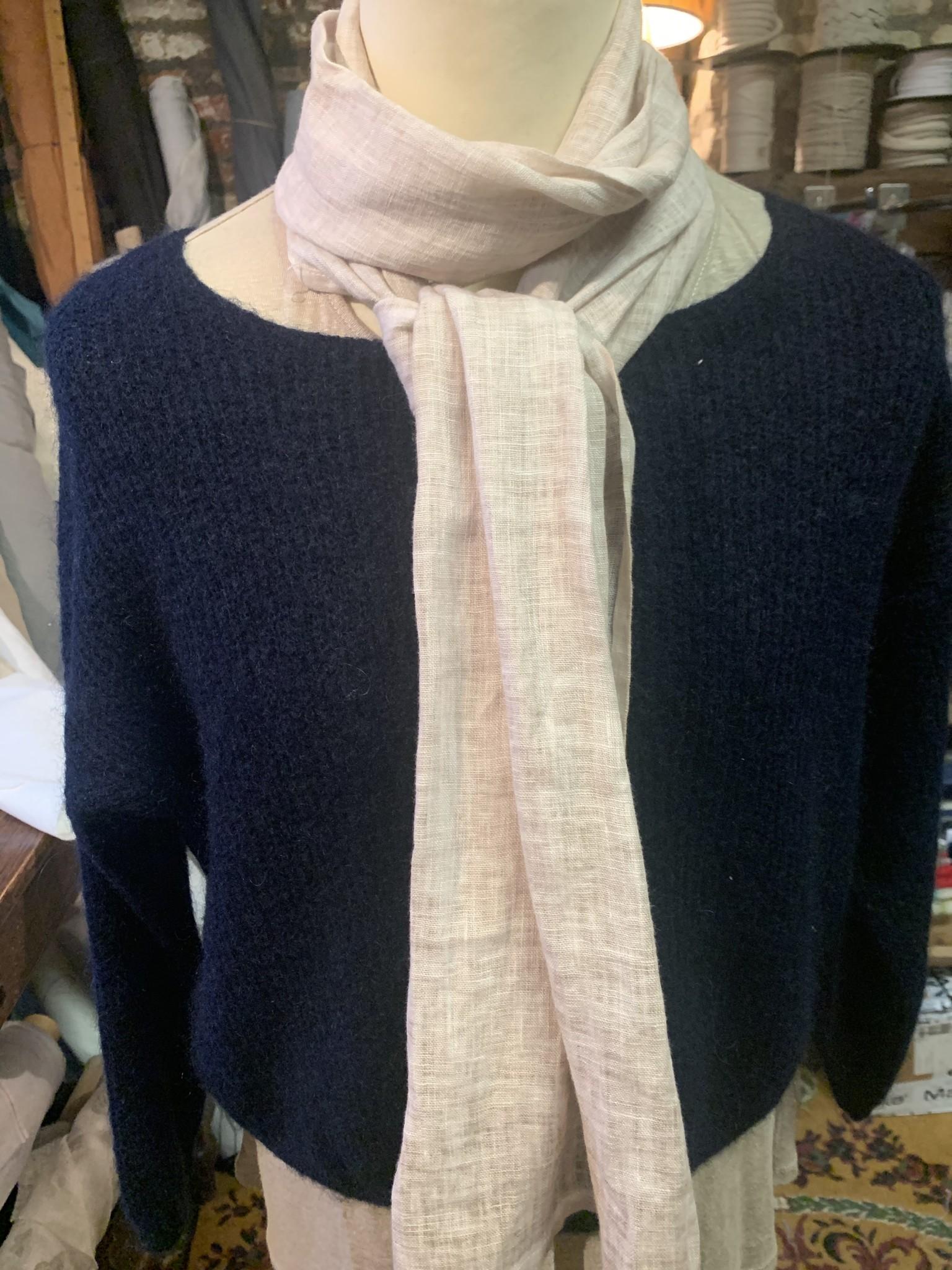 "Le grenier du lin vegetable dye"" scarf"