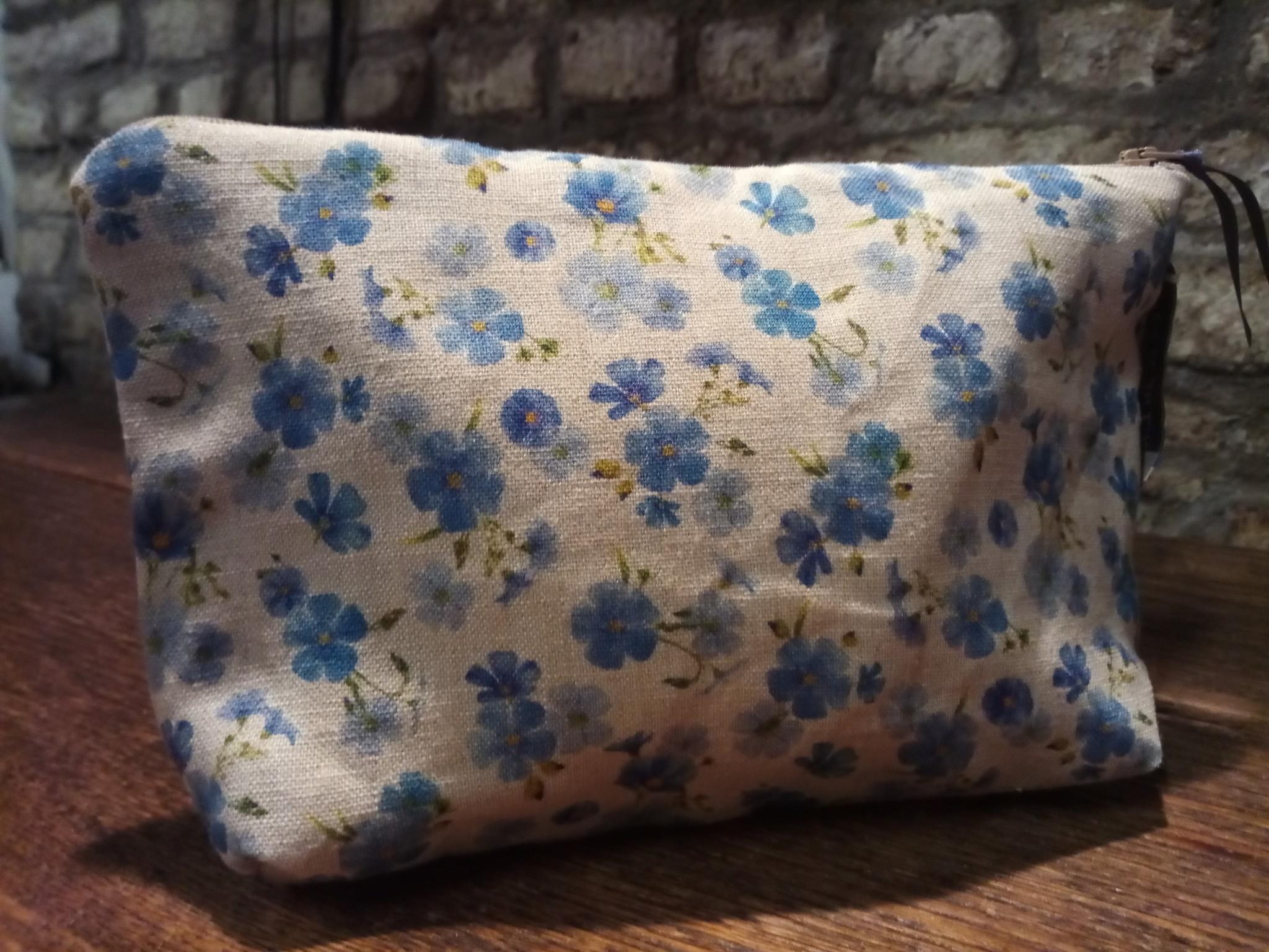"""Le grenier du lin Linen flower"""" make-up case"""