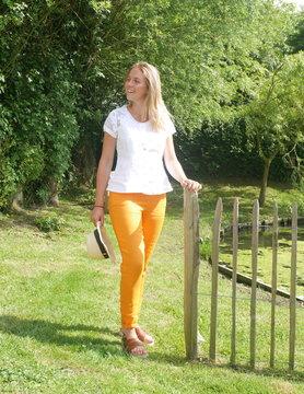 Pantalon cigarette orange