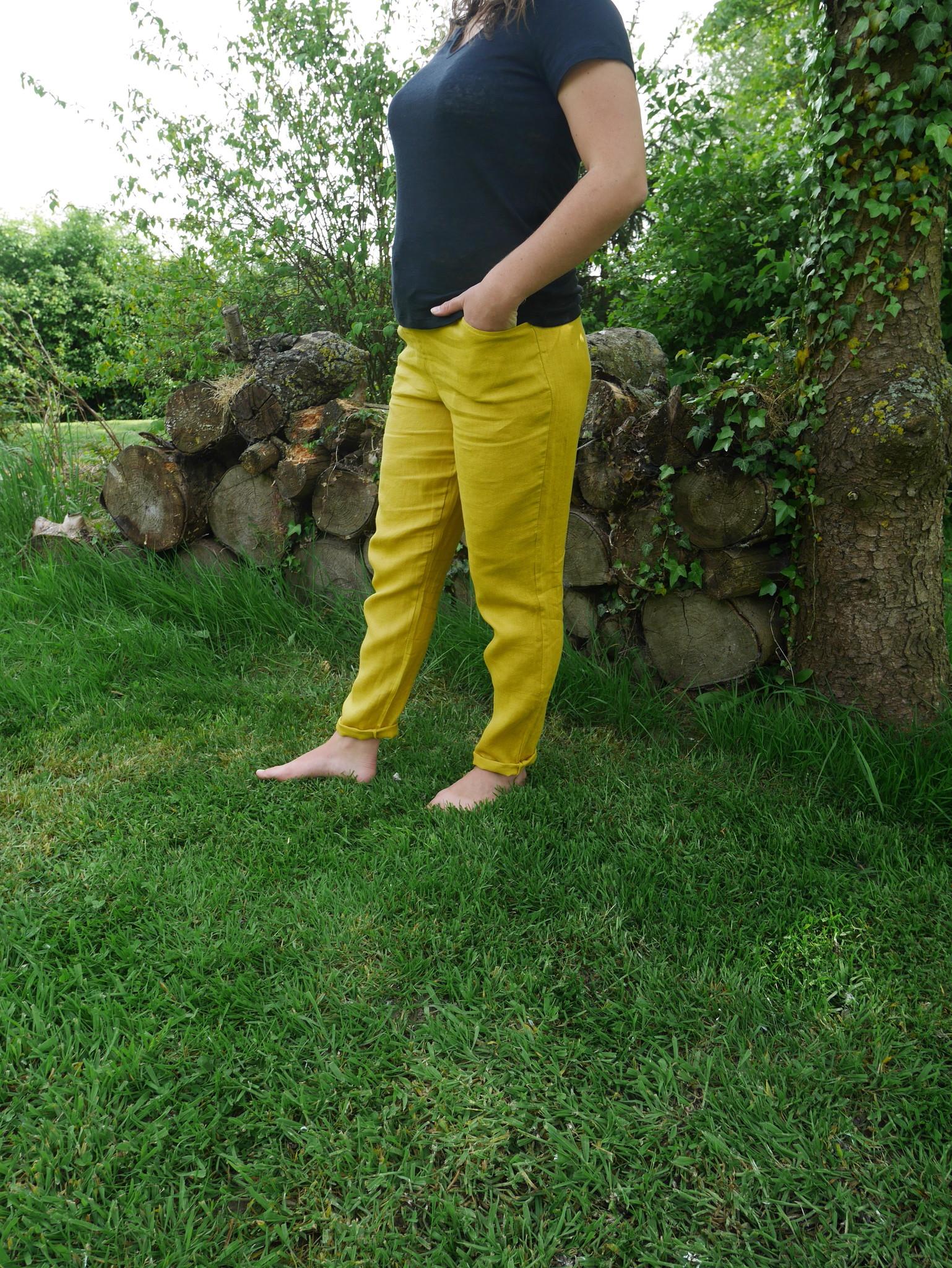 Pantalon cigarette moutarde