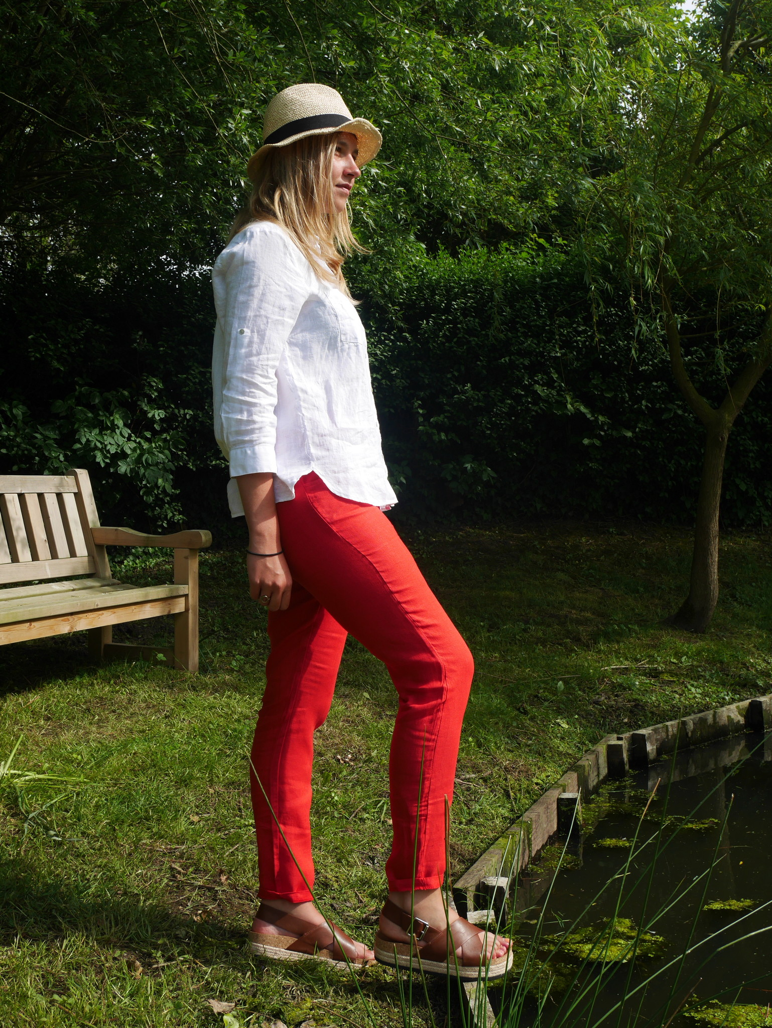 Pantalon cigarette rouge