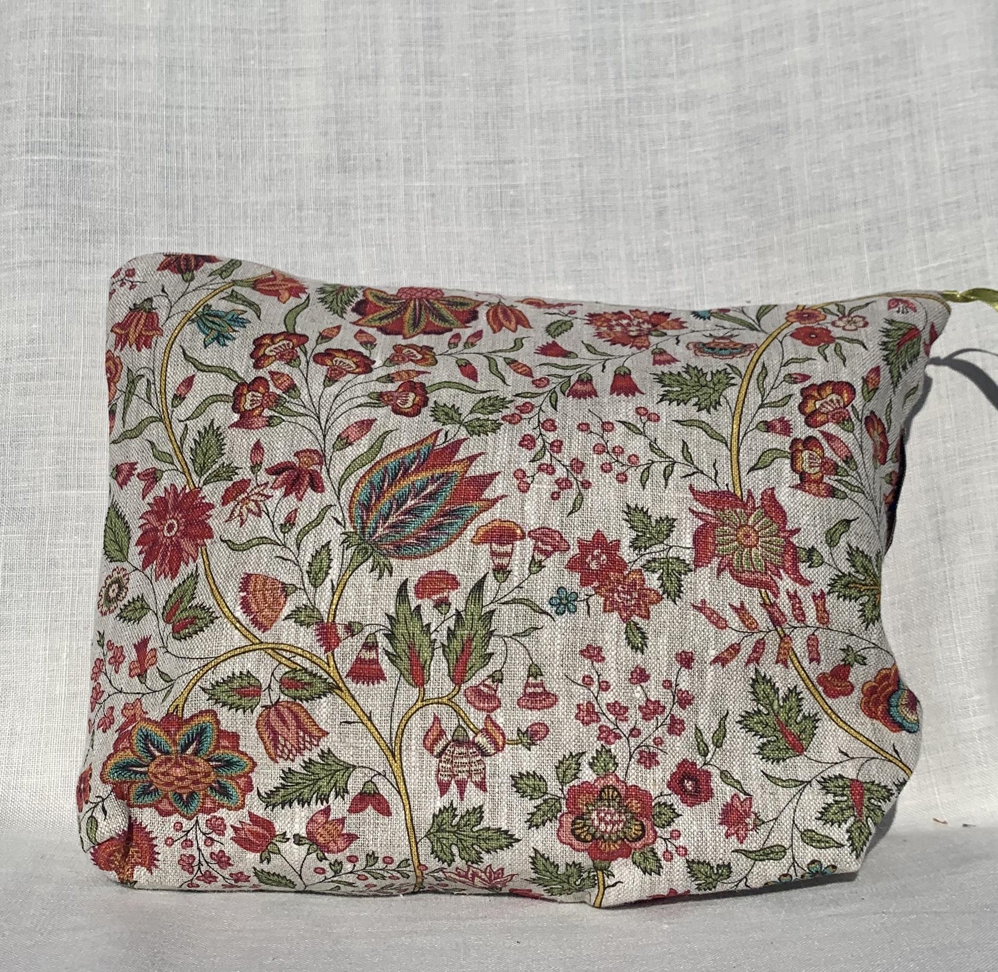 """Le grenier du lin Pink floral"""" toilet bag"""