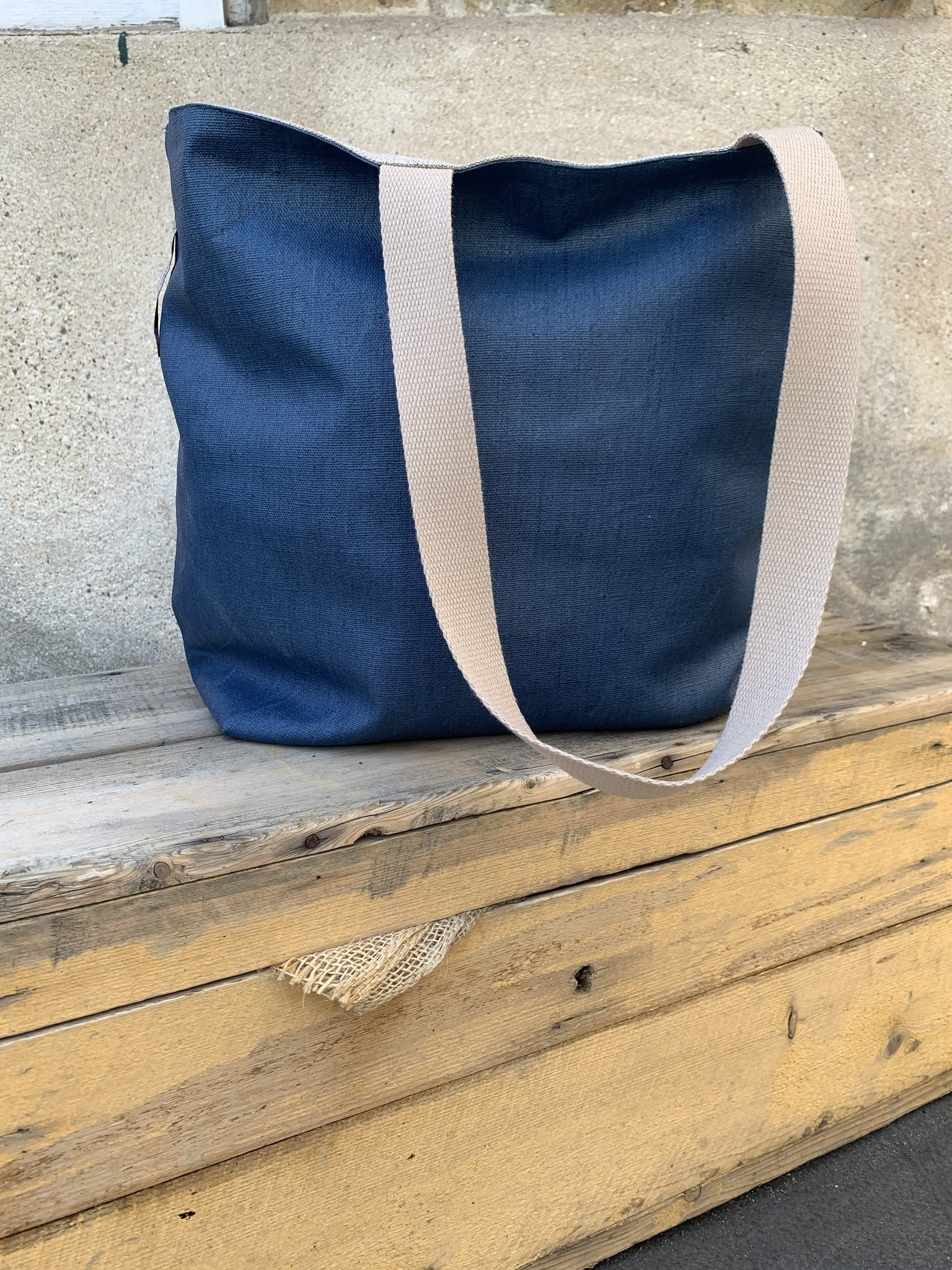 Le grenier du lin Marine blauw gecoate canvas draagtas