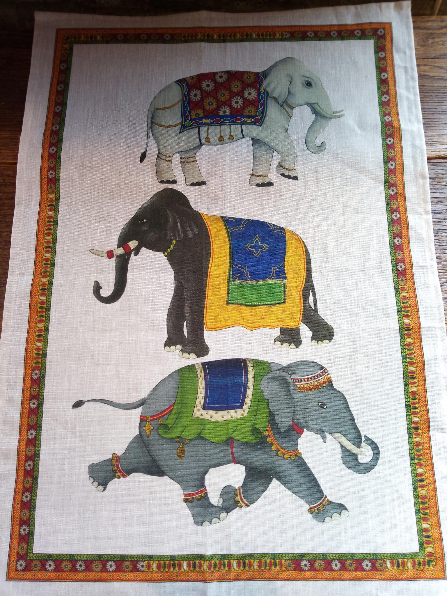 """""""Elephant"""" tea towel"""