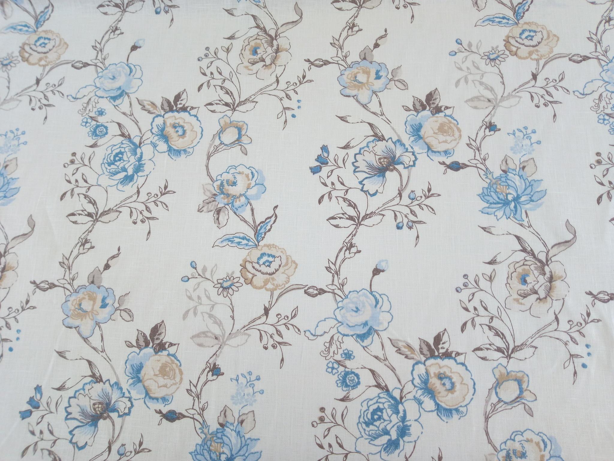 """Stof """" blauwe bloemen op witte achtergrond"""