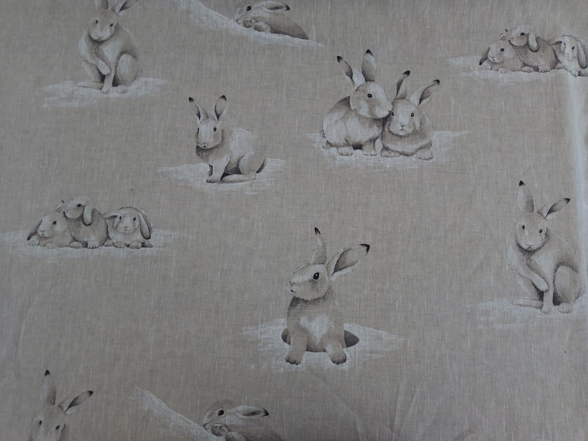 Le grenier du lin rabbit tablecloth