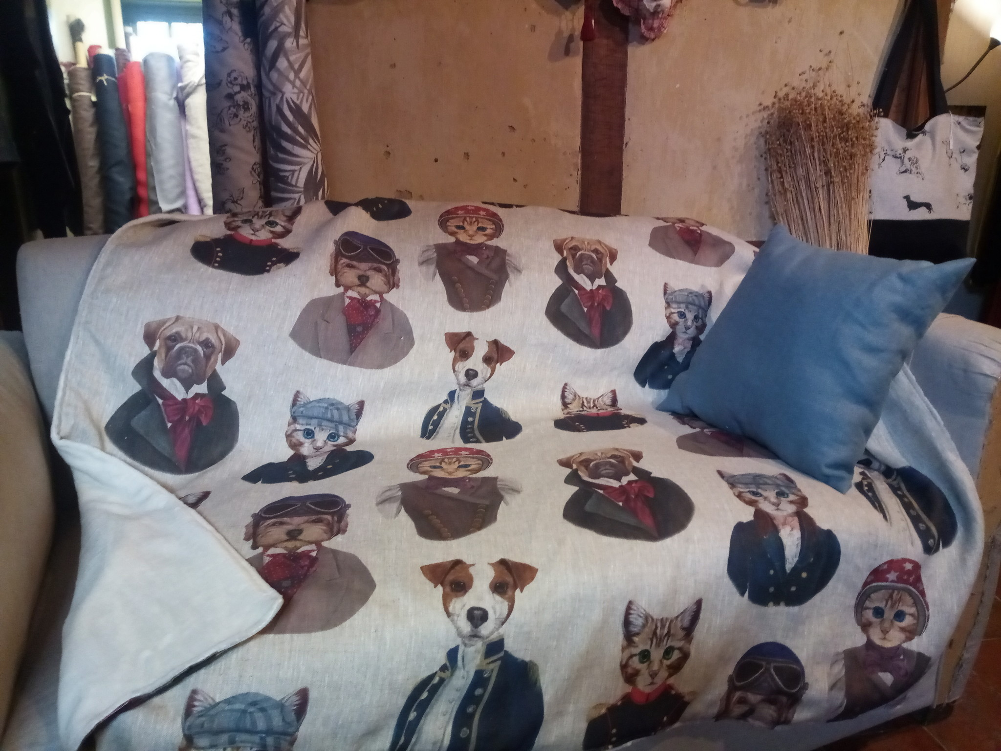 Le grenier du lin Dogs and cats plaid