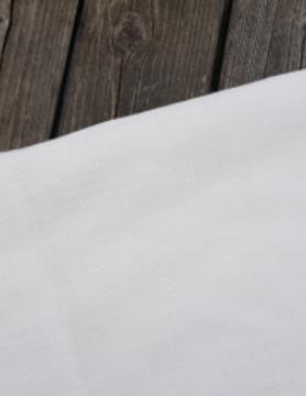 "Gebroken wit"" gewassen linnen stof"