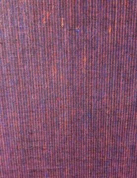 Rood en blauw gestreepte stof