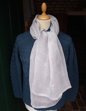 Grey scarf with small flowers