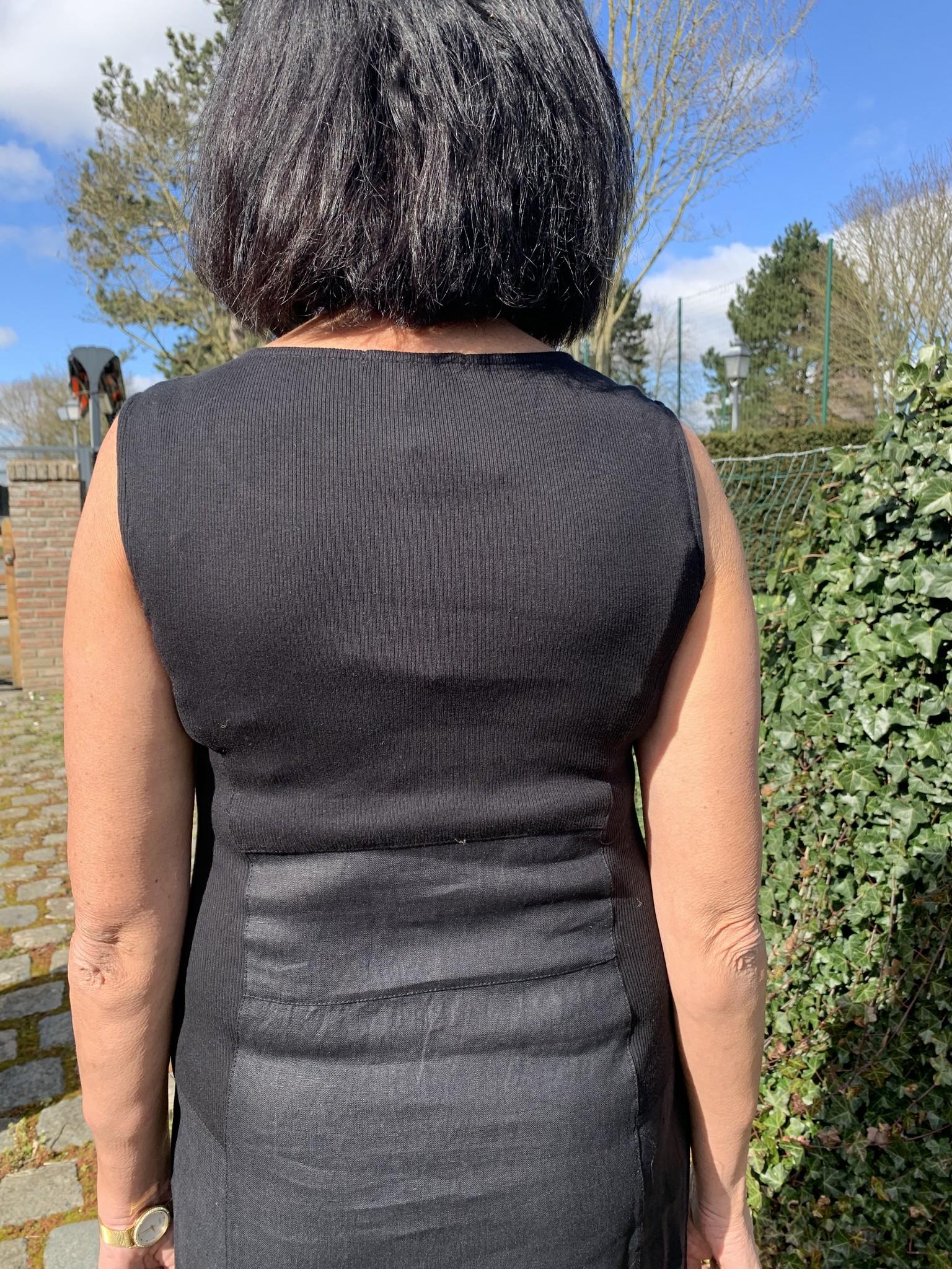 Maloka Black reed dress