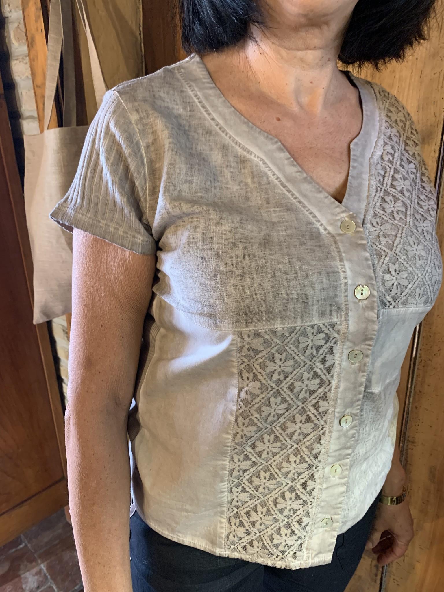 Maloka Taiga taupe blouse