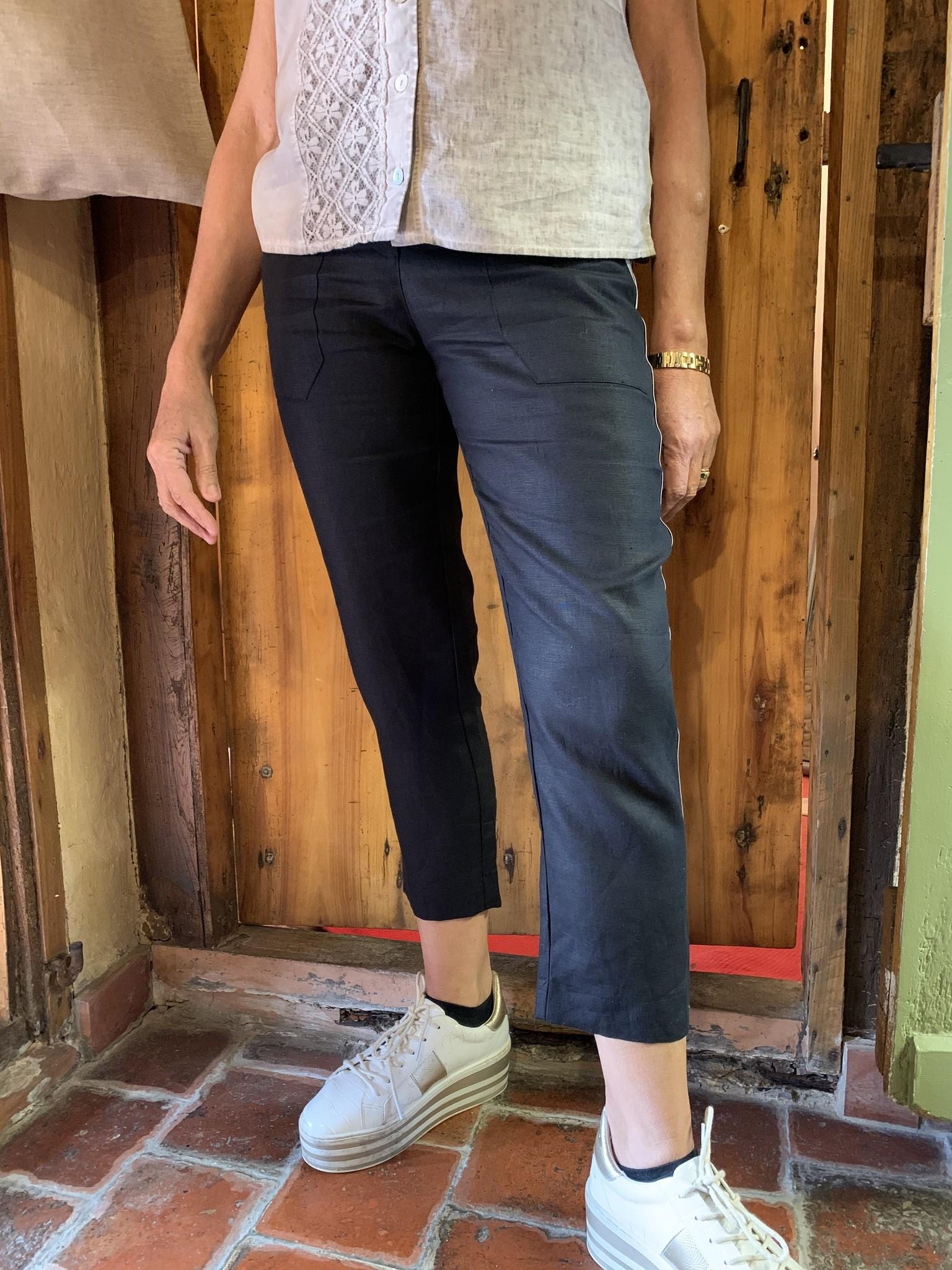 Maloka Posey black trousers