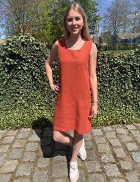 Haiti tomette red dress