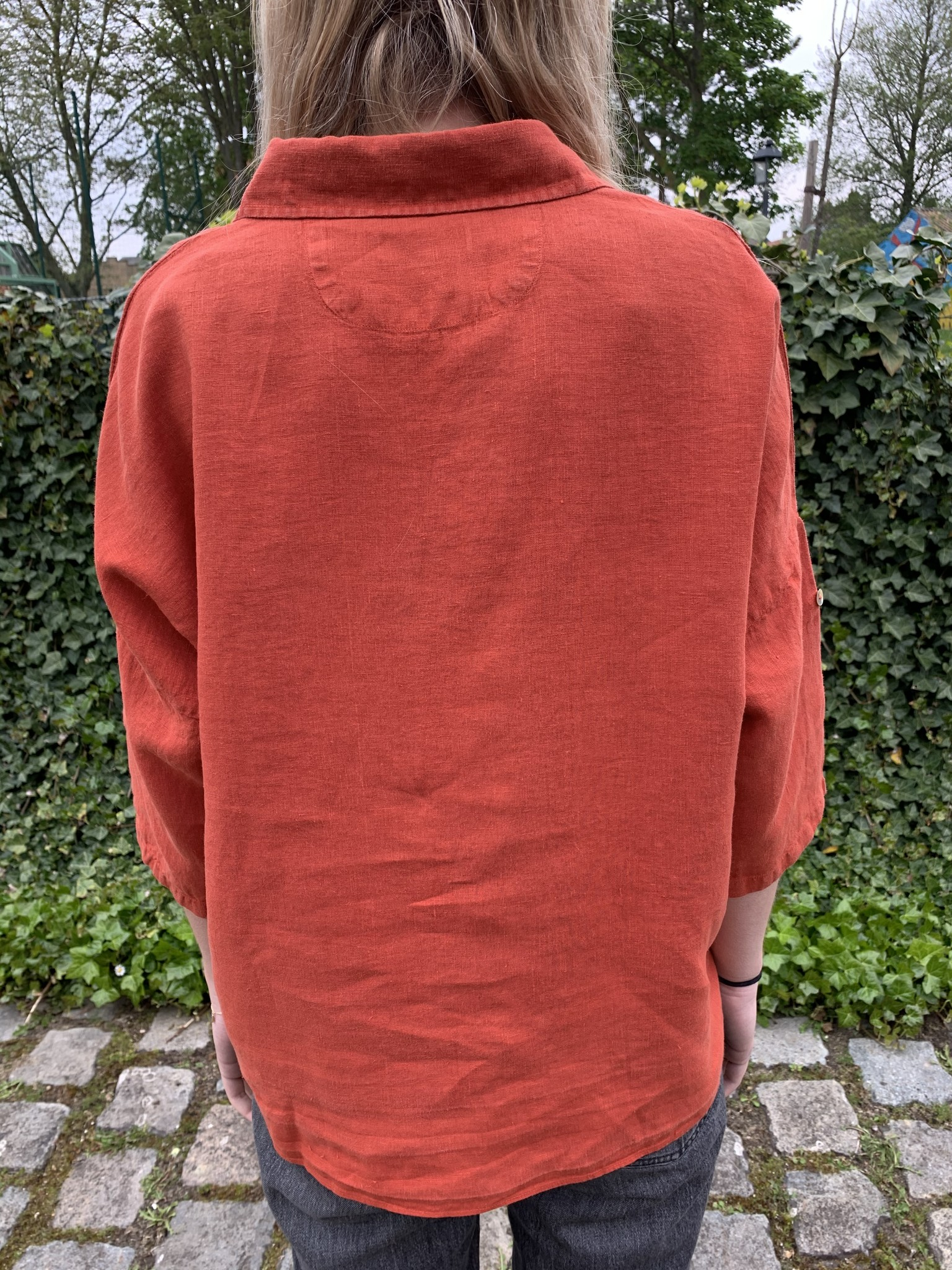 large blouse in tomette red linen