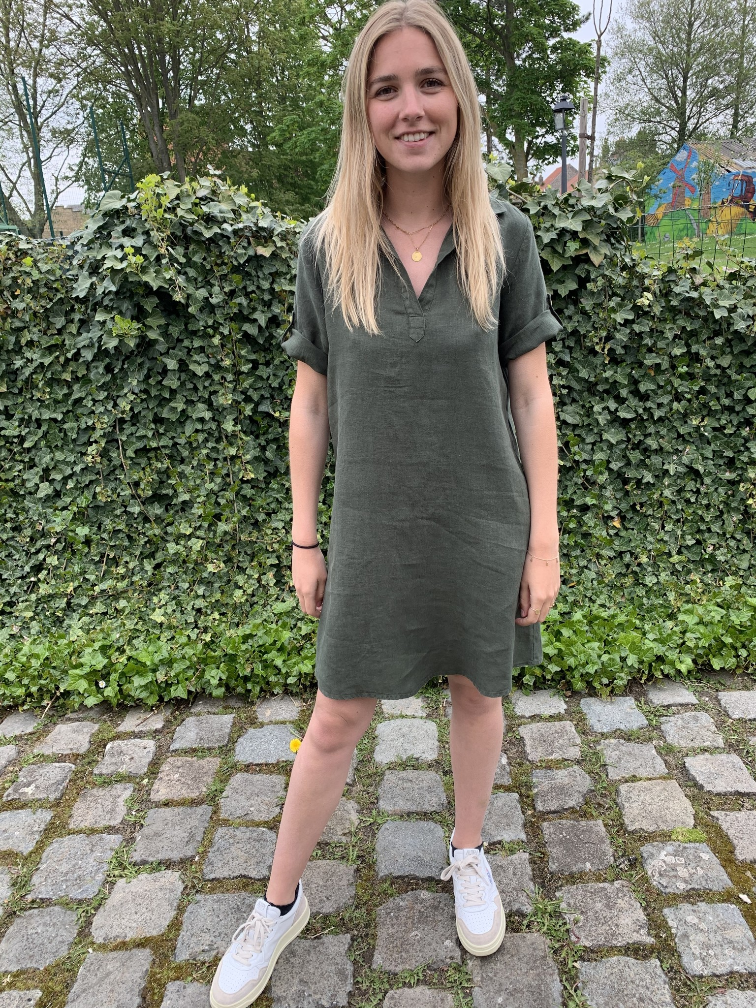 Le grenier du lin Kaki groene Lia jurk
