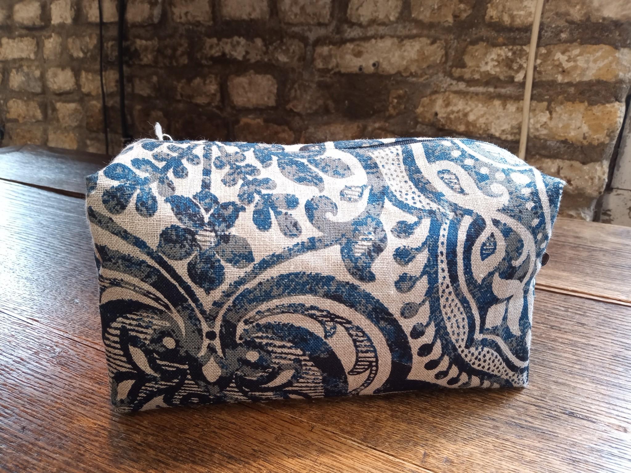 """linen case """"noble"""" fabric"""