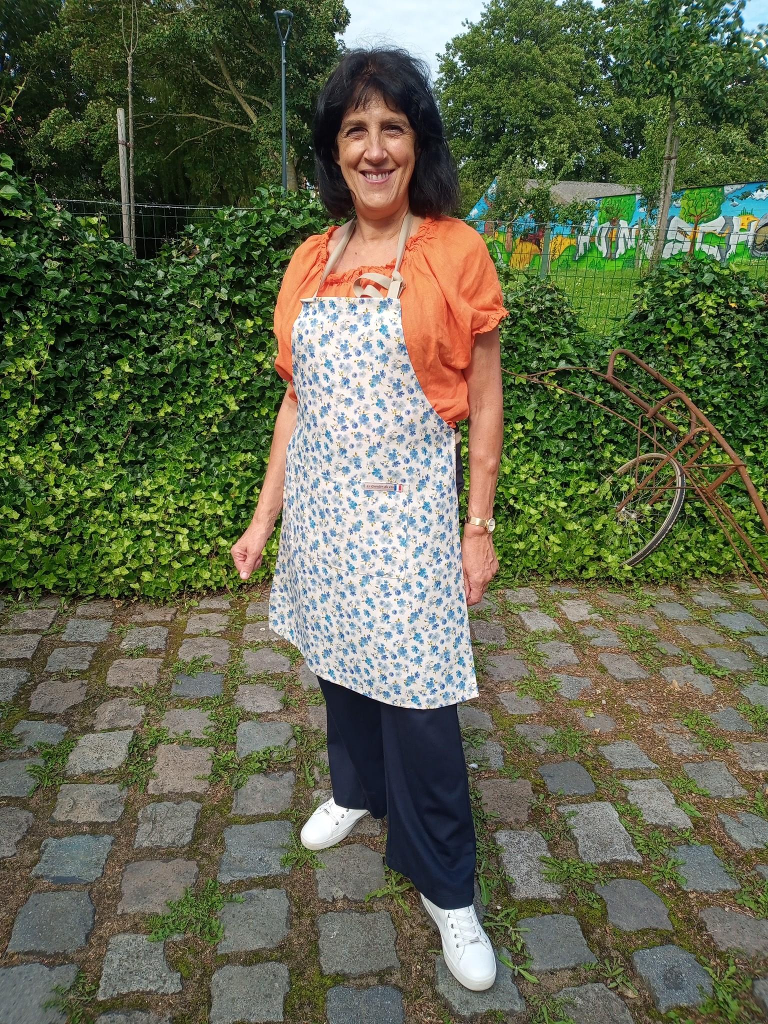 """Le grenier du lin """"Linen flower"""" apron"""