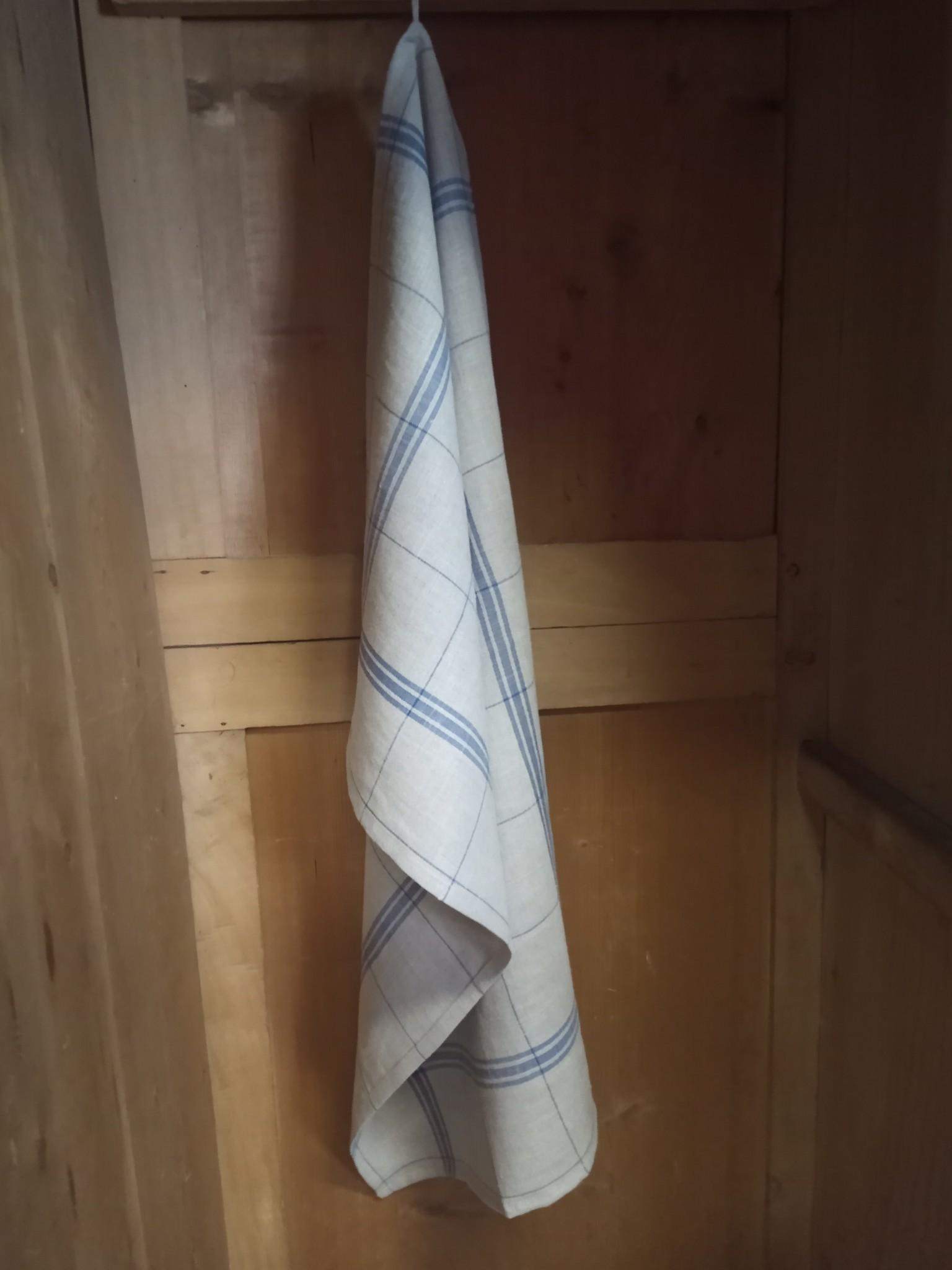Pure linen tea towel with checks