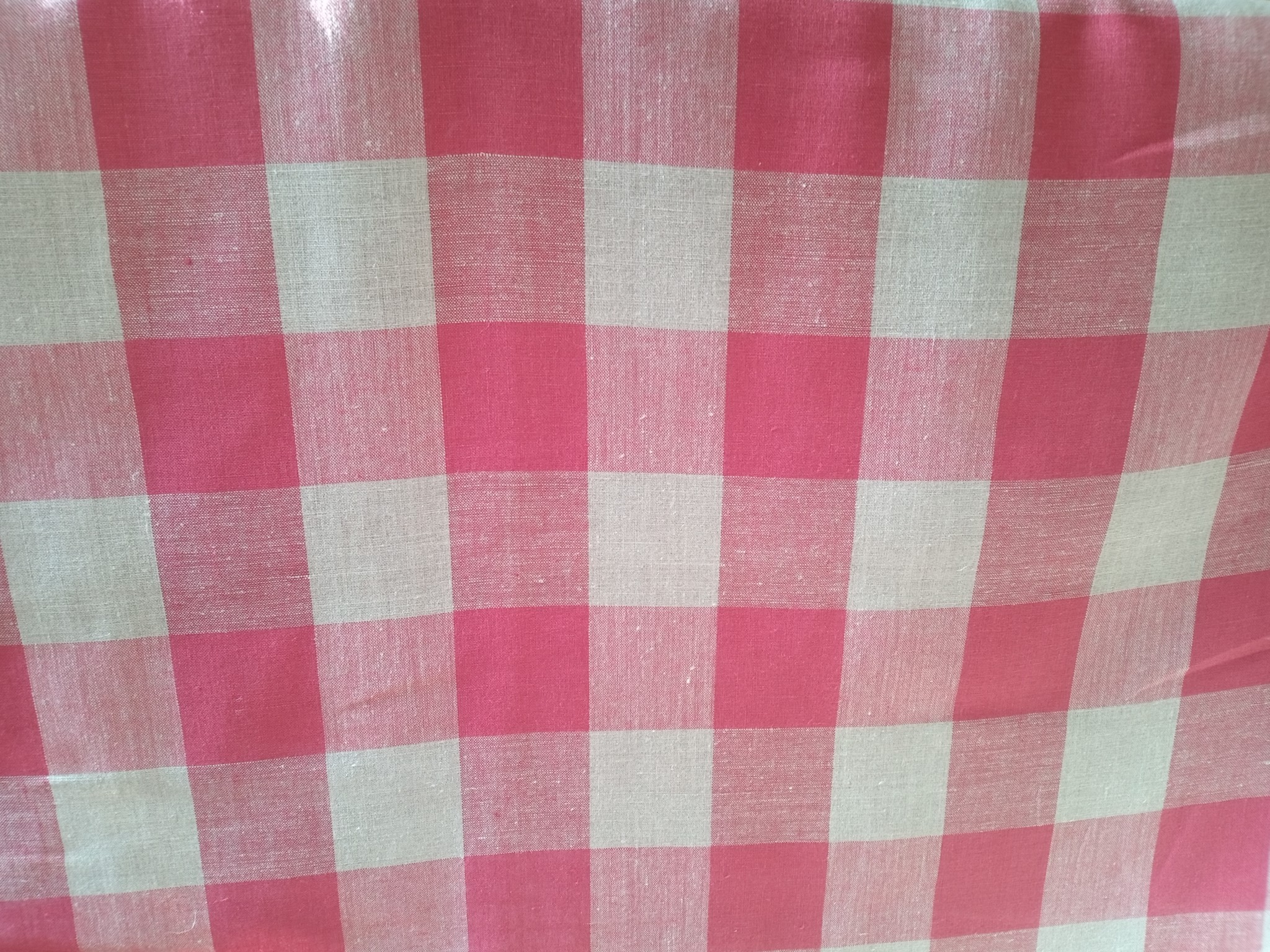 Linen fabric in red and natural check