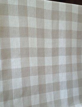 Tissu a carreaux naturel et blanc cassé