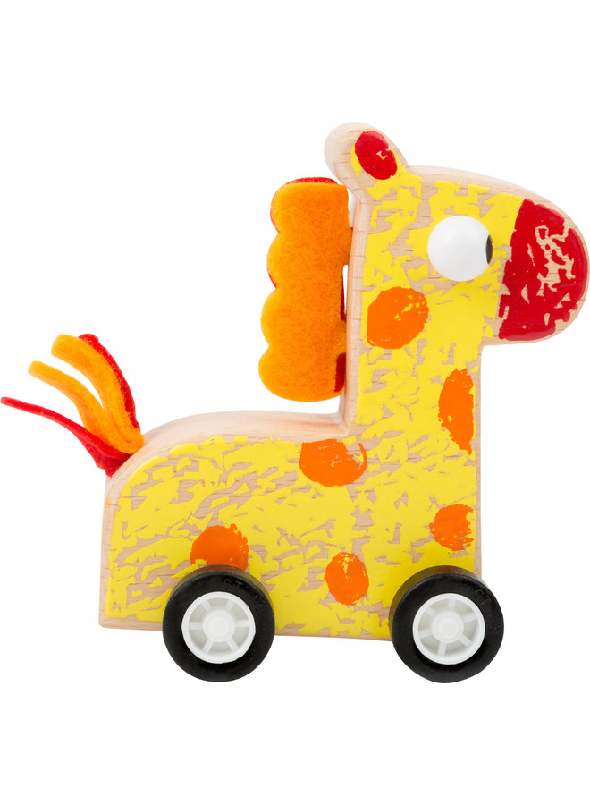 Pull Back Giraffe