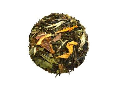 Witte gearomatiseerde thee