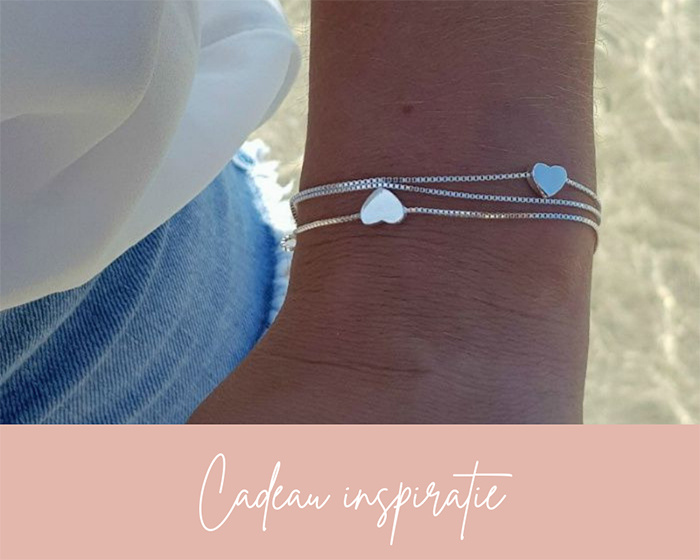 floating hearts armband