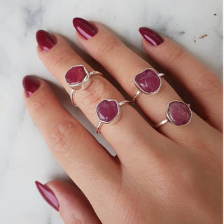 Ring Red Ruby Rough - 925 zilver