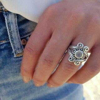 Sundance moonstone ring