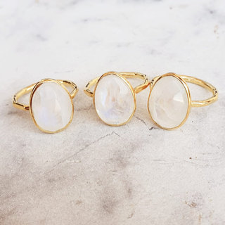 Lady moonstone ring - goldplated