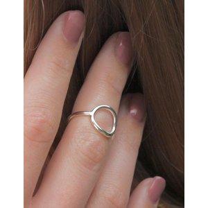 Zilveren ring circle