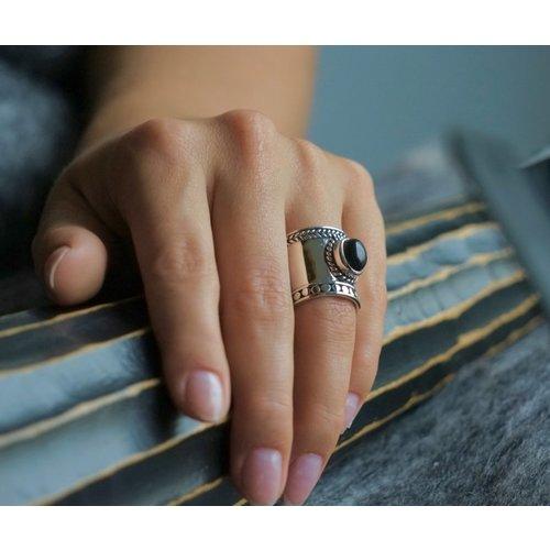 Zilveren Bali style BOHO ring Black Onyx