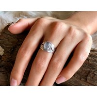 Zilveren ring White Moonstone #9