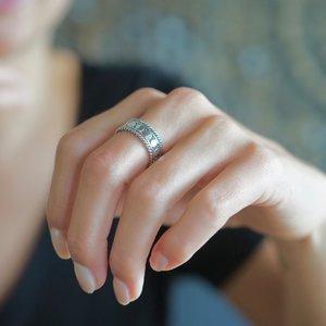 Zilveren Bali ring 'Seminyak'