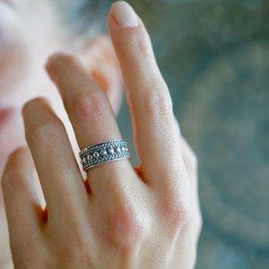 Zilveren Bali ring 'Lovina'