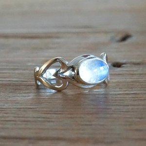 Zilveren ring Moonstone LOVE