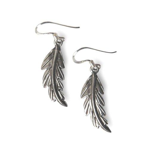 Zilveren feather oorbellen
