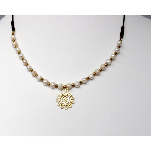 Ketting Flower of life Zoetwaterpareltjes