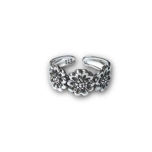 Teenring / vingertop ring FLORA