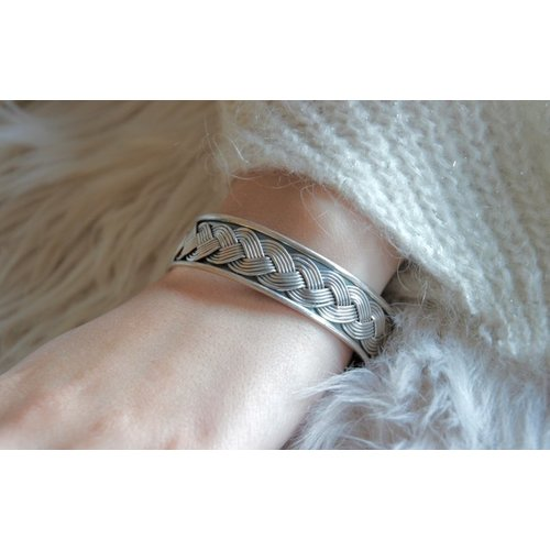 Zilveren braided bangle armband